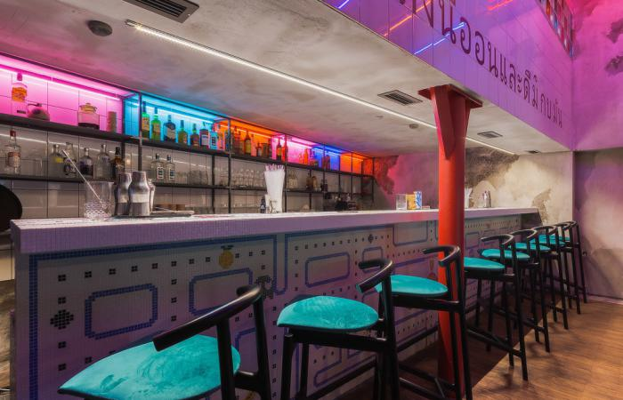 bar_neon_monkey_photo_3